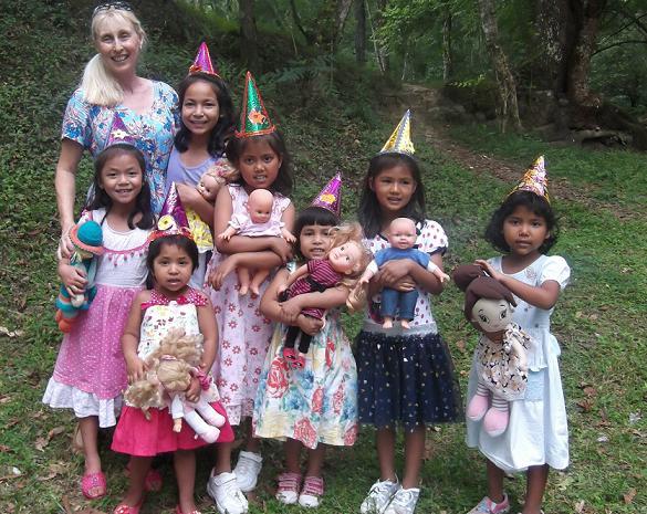 Alissa and children 2