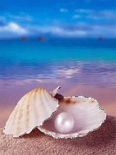 Pearl by the Sea